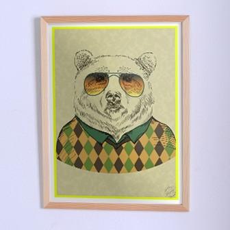 Оригинальный плакат Медведь в свитере