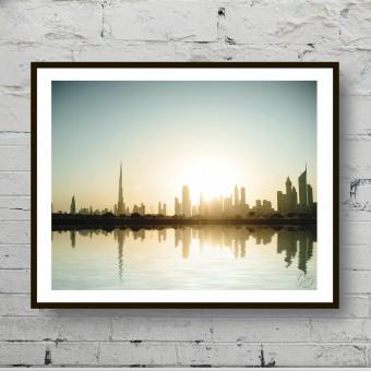Красивый плакат Рассвет над городом