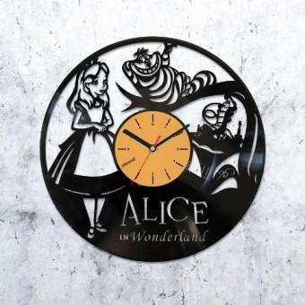 Виниловые часы Алиса в Стране Чудес