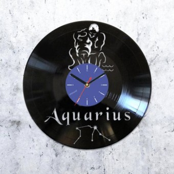 Vinyl clock Aquarius