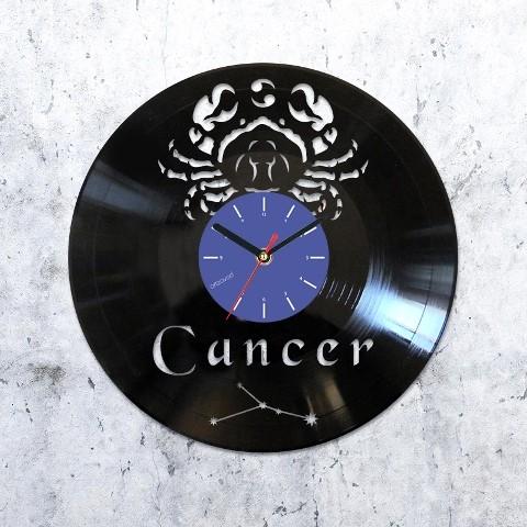 Vinyl clock Cancer