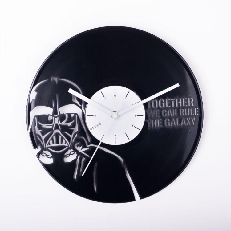 Виниловые часы Дарт Вейдер
