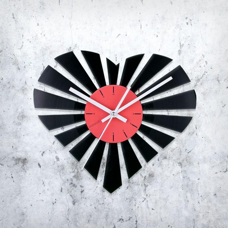 Виниловые часы Сердце